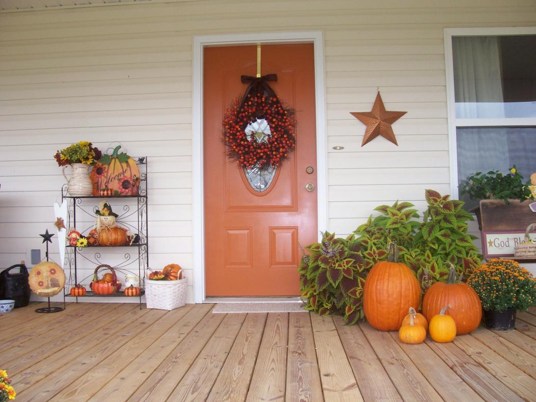 Fall decorating 2012!!!-10-1-12-017.jpg