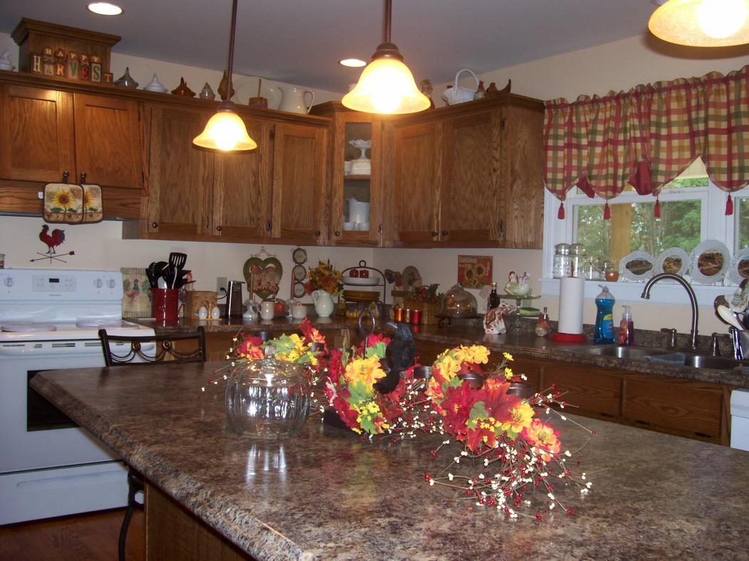 Fall decorating 2012!!!-10-1-12-055.jpg