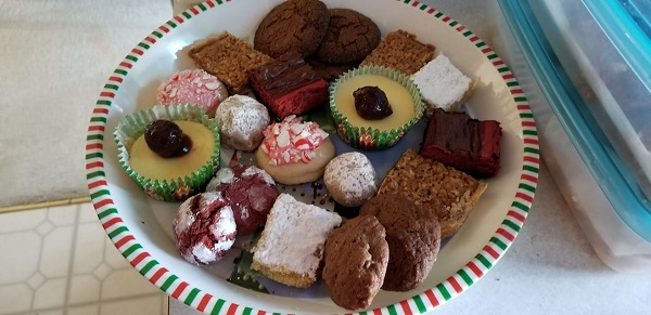 Christmas 2019-2018-cookie-platter.jpg