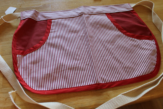 Want to Barter for Christmas Gifts????-apron-clothespin-2.jpg