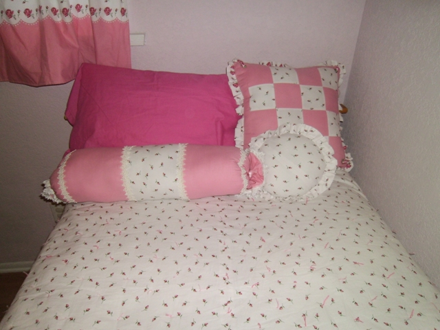 Adventures in Decorating Part 1-bed-pillows.jpg