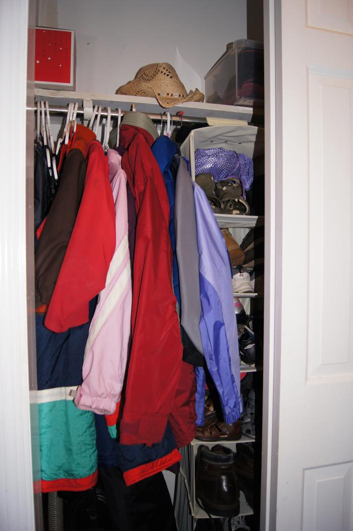 2013 Clean Your Messy Closet Challenge-dsc02306.jpg
