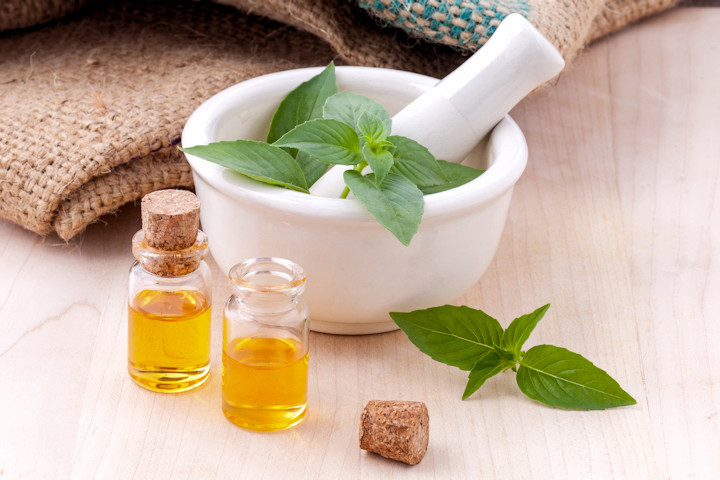 Making Your Own Cleaning Products with Essential Oils