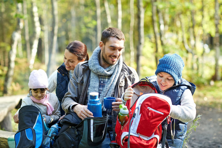 Follow These 5 Tips to Save Money on a Family Vacation