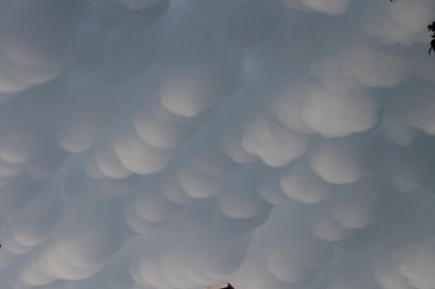 Ever seen clouds like this?-funny-clouds-1.jpg