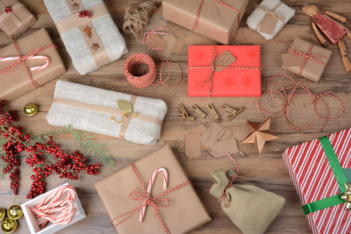 Eco-Friendly Tips for Saving Money on Gift Wrapping