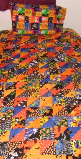 Want to Barter for Christmas Gifts????-halloween-quilt-1-327x640-.jpg