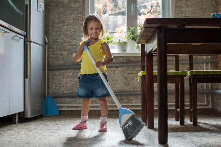 Do Your Children Do Chores?-kids-chores.jpg