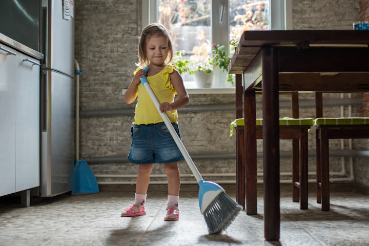 Try These Easy Chores to Teach Your Kids Responsibility