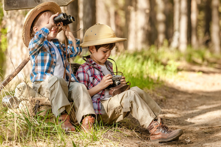 9 Ways for Kids to Unplug and Entertain Themselves