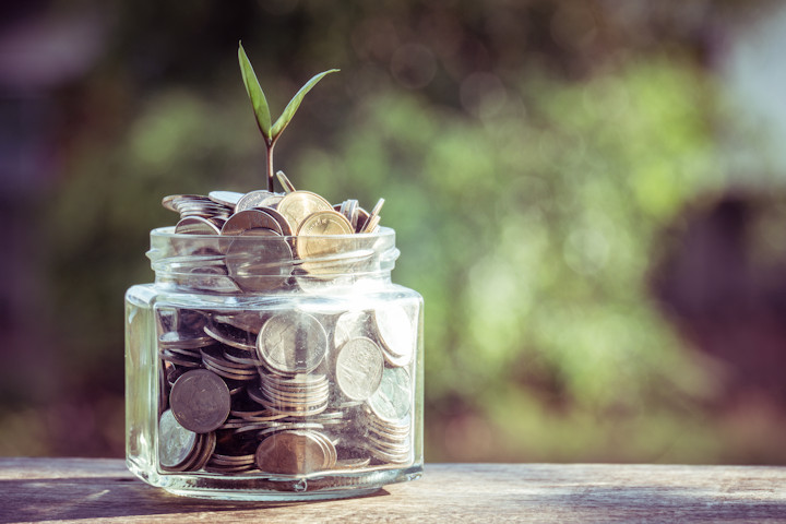 Simple Lifestyle Changes That Will Save You Money