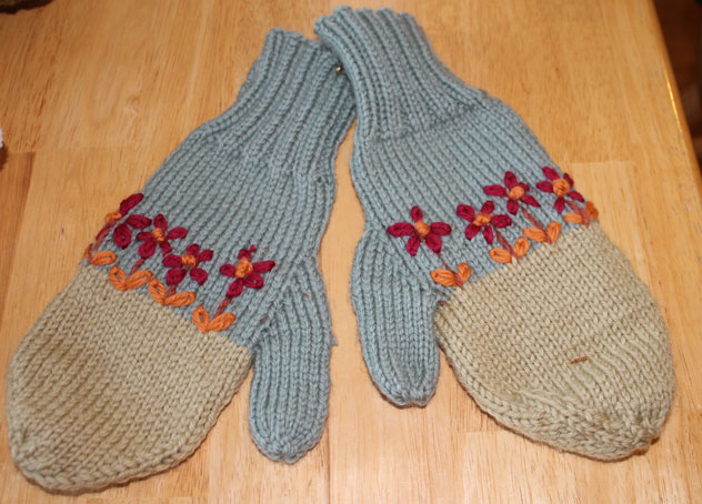 Want to Barter for Christmas Gifts????-mitts-wool.jpg
