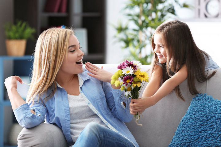 7 Frugal Ways to Spoil Mom this Mother's Day