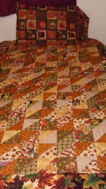 Want to Barter for Christmas Gifts????-thanksgiving-quilt-1-359x640-.jpg