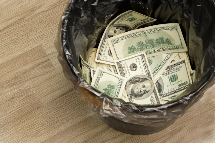Stop Throwing Away Money: Tips to Reduce Food Waste